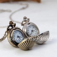 Neue Quarz Vintage Kleine Kürbiskugel Tasche Halskette Halskette Pullover Kette Hängen Uhr Schmuck Großhandel Geschenkuhr Bronze Farbe Stahl