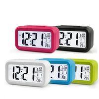 Reloj de alarma digital LED Reloj de mesa con calendario de temperatura Relojes de funciones de snooze para el hogar de la oficina en casa RRE3120