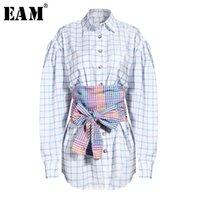 [EAM] Женщины Blue Blue Shipp Split Shart Chast Нерегулярная блузка Новый отворот с длинным рукавом Свободная подходящая рубашка мода прилив весна осень LJ200831