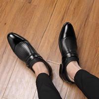 Mazefeng 2019 Мужские кожаные ботинки Мужские Остроконечные Toe ботинки платья высокого качества Формальная скольжения на печать Сандалии Man Plus Размер 38-47