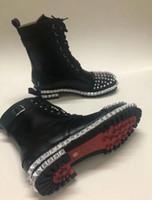 Lüks Moda Tasarımcısı Ayak Bileği Martin Çizmeler Kadın Perçinler Kırmızı Alt Shors Kare Topuk Platformu Şövalye Motosiklet İnek Deri Çizmeler SZ 36-46