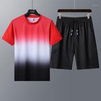 Mantlconx Verão Nova Moda Gradient Color Sets Sport Sport Fitness Tshirt + Shorts Homens Sports Track Terno Masculino Dois Peças1