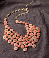 Collane pendenti 2021 EST Designer Orange Resin Dichiarazione della bolla Collana per le donne Regali Accessori per gioielli di moda