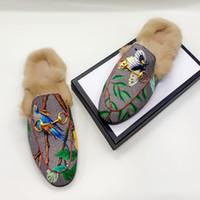 2020 Donne classiche Moda Donna Genuina Pelle Piatta di Pelle Scarpe da uomo Pantofole Pantofole in pelle in pelle Pantofole in metallo Catena di metallo Scarpe Mocassini Pantofole da esterno 46