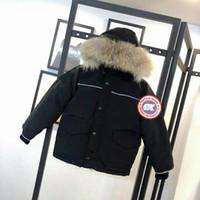 بيع كندا الشتاء المفضل الاطفال الملابس الساخنة ماركة مقنع سميكة دافئة الصبي والفتيات أبلى جودة عالية أوزة أسفل معطف الأطفال سترة