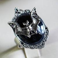 Orecchini Collana Vintage Vampiro Pipistrello Anello Gothic Black Stone Strega Anelli regolabili Ciondolo Set di gioielli Victorian Pagan Set di gioielli Halloween Z4P543
