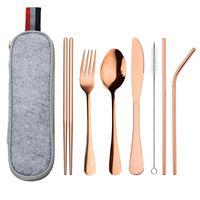 Edelstahl Anzug Messer Gabel Löffel Stroh wiederverwendbar Reinigungsbürste Essstäbchen Tragbare Packung Geschirr Sets im Freien Camping 18 8WL K2