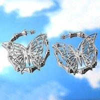Hoop Hubgie Bynouck хип-хоп Бамбуковые серьги серебряные цветные металлические полые бабочки соединение петли петли мода ювелирные изделия подарок1