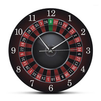 Reloj de pared de la ruleta de póker con marco de metal negro Las Vegas Salón de juegos Wall Art Decor Clock Watch Casino Gift1