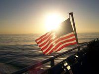 Bandera estadounidense estadounidense de 3x5 pies - color vivo y resistente a la fadena UV - 100% poliéster (doble cara) banderas nacionales de USA con ojales de latón CCA2708