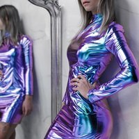 Yuqung Femmes Brillant Métallique Métallique Mini Mini Robe Stand Night Night Party Bandage Robe de crayon serré Clubwear Spring Y200418