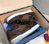 2020 hommes Sports Shoes Trainer Sports Chaussures TPU Combinaison Grande Sole Sole En Cuir rembourré Doublure de maille Taille Casual Chaussures Taille 39-45 A2