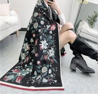 Flores de luxo impressão inverno cashmere lenço mulheres espessas xale quente e envoltório designer de marca carriage