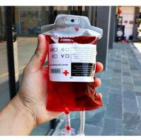 Temizle Gıda Sınıfı PVC Malzeme Kullanımlık Kan Enerji İçecek Çanta Cadılar Bayramı Kılıfı Sahne Boş 350ml Vampir İçecek Çanta Nakliye Sahne