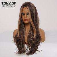 Pelucas sintéticas de fibra resistente al calor para las mujeres negras Largas pelucas marrones ligeras onduladas con resaltados Pelucas de pelo natural de la parte media de Cosplay