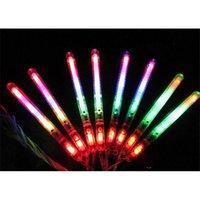 Sopa YENI Işık Yanıp Sönen Değnek Up LED Glow Devriye Yanıp Sönen Konser Partisi Noel Kaynağı Iyilik Rastgele Renk B910