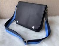 2021 Son Sürüm Deri Çanta Adamın Messenger Çanta Moda Casual Omuz Çantaları Çapraz Vücut 66YY0
