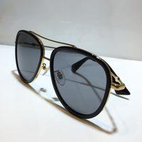 0062 여성을위한 선글라스 클래식 여름 패션 스타일 금속 및 판자 프레임 인기있는 눈 안경 최고 품질의 안경 자외선 차단 렌즈 Zrts