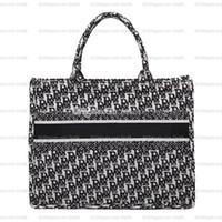 2021 Le nouveau sac à main de haute qualité Femmes luxurys designers sacs 2020 épaule bandoulière sac de banquet sacs portefeuille fourre-tout pruse tassel sac à main chaud