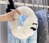غطاء للأذنين تقليد الفراء الأرنب بالإضافة إلى المخملية الشتاء الدافئ الأزياء سماعات لينة 2 ألوان النمط الكلاسيكي