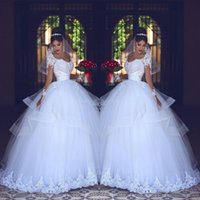 Vestido de bola romántica Vestidos de novia Blanco Encaje Sheer Mangas largas Vestidos nupciales Tulle Terred Saudi Árabe Vestidos Custom Hecho P141