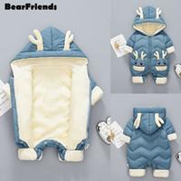 새로 태어난 아기 소녀 옷 겨울 스노우 슈트 플러스 벨벳 두꺼운 아기 소년 Jumpsuit 0-3 년 Romper Boy Worlder 201128