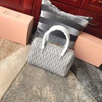 The New5BB033 женские дизайнерские сумки импортированные кожи ягненка Кожа кожа отлично и мягкий хлопок внутри ампбсков внутренний чехол джокер модные сумки