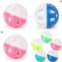 Brinquedos para animais de estimação Oco Plástico Pet Cat Colorful Ball Brinquedo com Pequeno Bell Bell Bell Voz Plástico Bola Interativa Tinkle Tinkle Puppy Play 22 N2