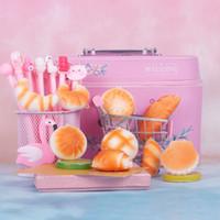 Différents types de pains squishy Kawaii Pu jouets lents pour enfants Jouet collection de jouets de décomression de la décomression pour enfants cadeaux en gros