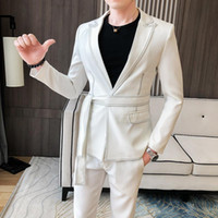 2021 Primavera Nuova vestito Uomini Single Button Mens Slim Fit Suits con Pant Casual Stage Dress Abito da sposa Belt Prom Tuxedo Costume Homme