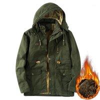 Mens Winter Parkas Canada Giacca Uomo Cappotto lungo Cappuccio con cappuccio Fleece caldo Camouflage Tactical Bomber Giacche da uomo Vestiti da uomo 5xl1