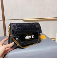 2021 New Fashion Women Bags Bolsos de Hombreras Mujeres Monederos Accesorios de Hardware Moda Lady Crossbody Bag Bolsa de temperamento con caja