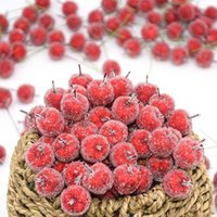 Couronnes de fleurs décoratives 10/30 / 50pcs 2cm mini-baies de pare-pomme Faux fruits fruits baies artificielles grenade rouge cerise rouge cerise brande de bricolage weath w
