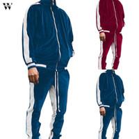 2021 Winter Sport Traje Ocio Moda Hombres Dwe Piece Rayado Dorado Velvet Sportswear Tops Pantalones deportivos al aire libre Traje de pista