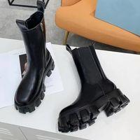 Мода Новый 2020 Кожаные кожаные каблуки Высокие каблуки Келли Butted Bnowlet Bootle Boots Квадратная Голова Боковая молния Британские листовые сапоги с коробкой