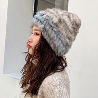 Beanie / Kafatası Kapaklar Lüks Sonbahar Kış kadın Hakiki Gerçek Örme Kürk Şapka El Yapımı Lady Sıcak Kadın Kasketler Başlık GJ31721