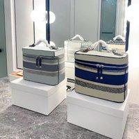 recém-chegadas saco cosmético de alta qualidade moda casos cosméticos design clássico bordado saco de armazenamento navio livre
