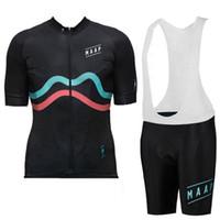 2019 Maap Bisiklet Forması Önlüğü Pantolon Set Kısa Kollu Yaz Tarzı Erkekler MTB Ropa Ciclismo Hızlı Kuru Bisiklet XXS-6XL 9 Renkler Y070803 Giymek