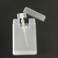 Yüksek Sınıf Parfüm Kart Şekli Parfüm Sprey Şişeleri Toptan 20 ml PP Plastik Boş Kozmetik Konteyner Doldurulabilir Atomizer Şişe