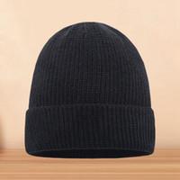 Ücretsiz kargo son İtalyan ünlü unisex kış erkekler bere bonnet kadın şapka örgü kap gorros spor kafatası saç örgü açık