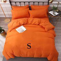Pamuk Yatak Takımları Mektubu Baskılı Düz Levha Nevresim Yastık Avrupa Tarzı Tasarımcı Katı Renk Quenn Boyutu Yatak Setleri