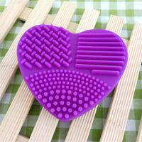 Maquillage en silicone brosse nettoyant pinceaux colorés lavage des œufs coeurs laver la forme outil de maquillage pratique et rapide 1 55HR E2
