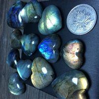 الكريستال الطبيعي الأزرق سليكات الألمنيوم حب القلب قلادة البحر شبه الأحجار الكريمة المعلقات حار بيع مع مختلف نمط 8 6MX2 J1