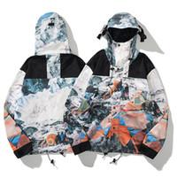 Modelo de moda para hombre chaquetas letra impresión remiendo con protector solar abrigo delgado amortiempo de lujo hombres mujeres amor chaqueta tamaño M-2xl x2077