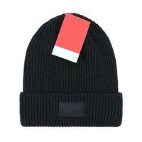 Venta caliente Unisex Winter Beanie Hat Hombres Marca Hombras de punto Hats Casual Caps Classic Gorros Hip Hop Face Mujer Bonnet Gorros Diseñadores