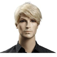 Kurze blonde männliche synthetische Perücke amerikanische europäische 6-Zoll-gerade Männer Perücke mit freier Haarkappe Hitzebeständigkeit