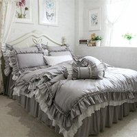 Nuovo Biancheria da letto grigio europea Set Big Ruffle Pizzo Pizzo Cover Duvet Biancheria da letto Bruca Copriletto Pendio Letto per matrimonio Decorative Bed Atsiti