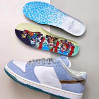 Sean Cliver X SB Dunk Pro QS Düşük Kış Sevgililer Günü Kaykay Ayakkabı Erkekler Beyaz Psişik Mavi Metalik Altın Zapatos DC9936-100 36-45
