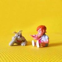 Oggetti decorativi Figurine * ^ Arrivo ^ * Ragazzo che bacia Piggy / Miniature Dog / Lovely Boy / Fairy Garden Gnome / Muschio Decorazione di terrarium / artigianato / Bonsa