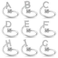Iniziali di colore oro A-Z Lettera Alfabeto Apertura regolabile Apertura di strass Anelli di dito per le donne Party Wedding Regalo gioielli